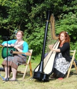Testimonials: Harp and guitar for a sunny outdoor wedding